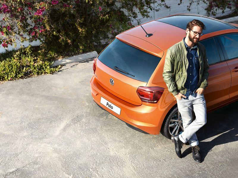 Volkswagen repair engineer, attending a breakdown