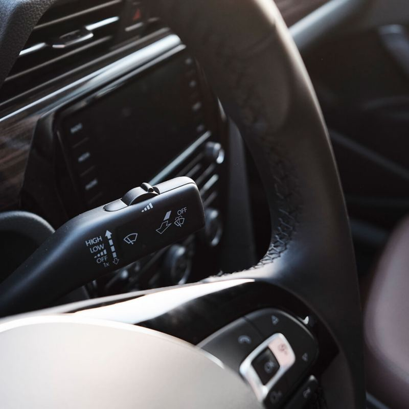 2020 Volkswagen Passat  cruise control stalk
