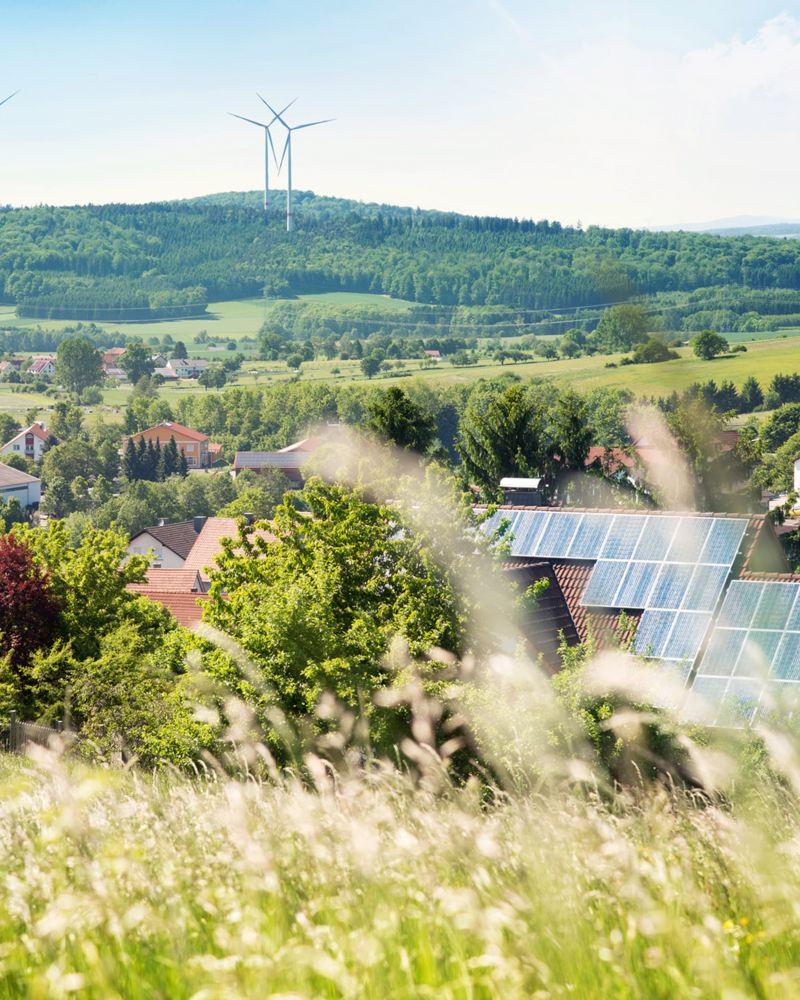 Case con pannelli fotovoltaici sul tetto