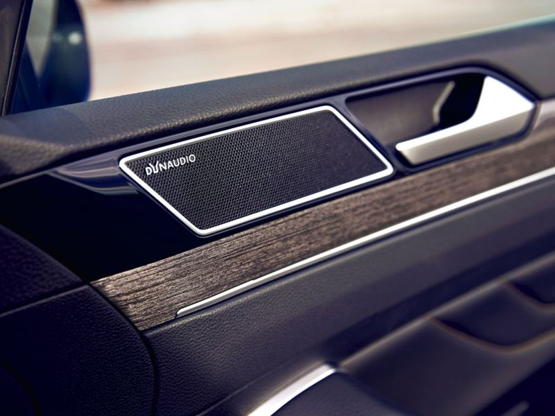 Dynaudio speakers in a car