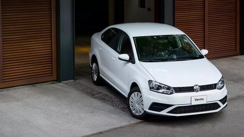 Conoce el precio de Vento 2020, auto familiar, en las promociones de Octubre de Volkswagen.