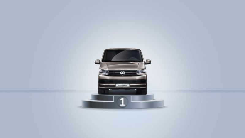Volkswagen Transporter jalustalla kuvattuna edestäpäin
