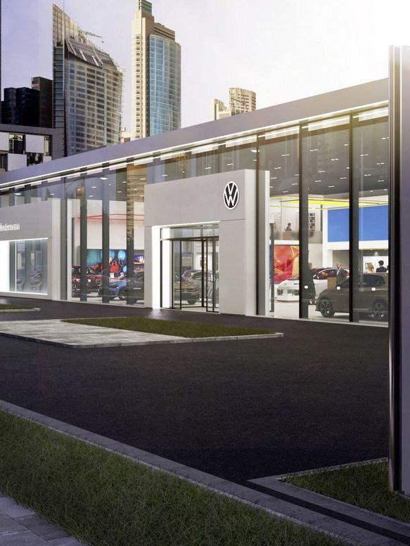 Blick auf die Glasfront eines modernen VW Autohaus
