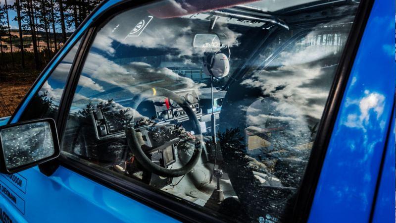 Interiören i vår replika av Kenneth Erikssons rally-Golf