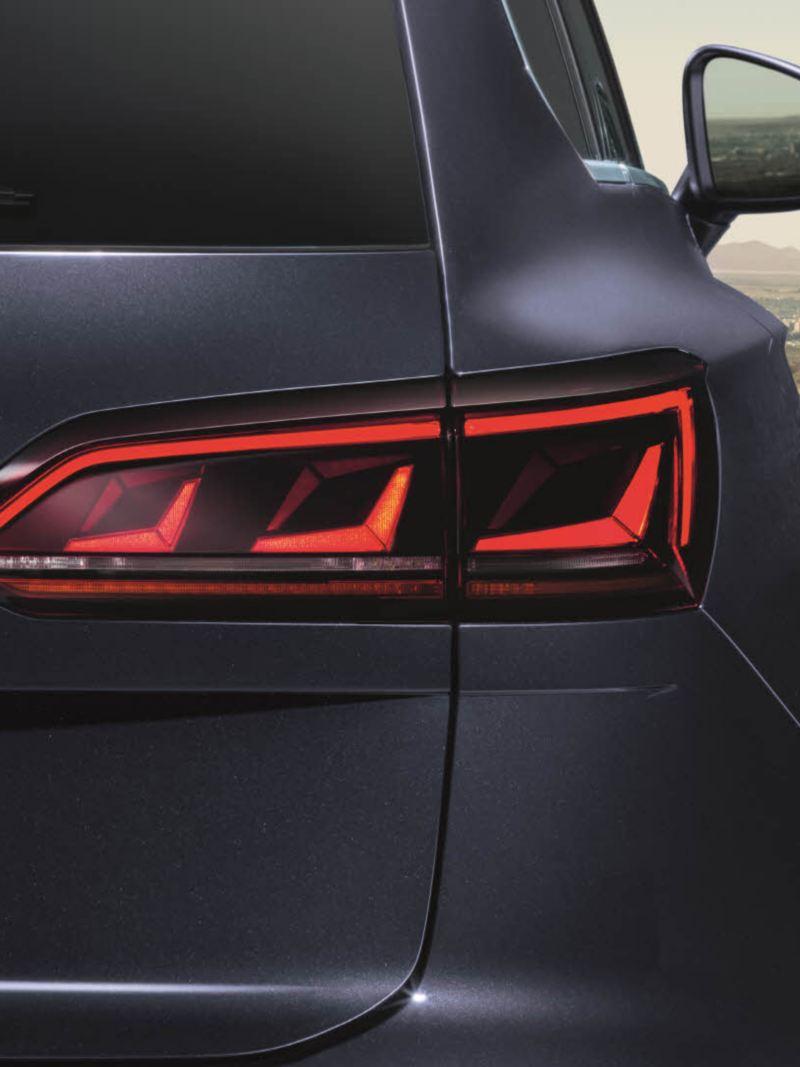 폭스바겐 모델 투아렉 하이라이트 LED 리어램프