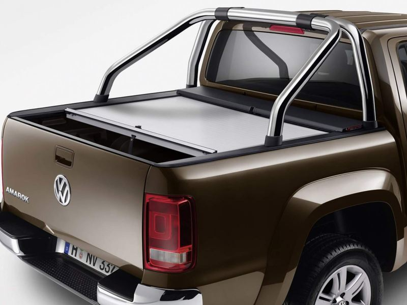 Silver Amarok roll and lock cover