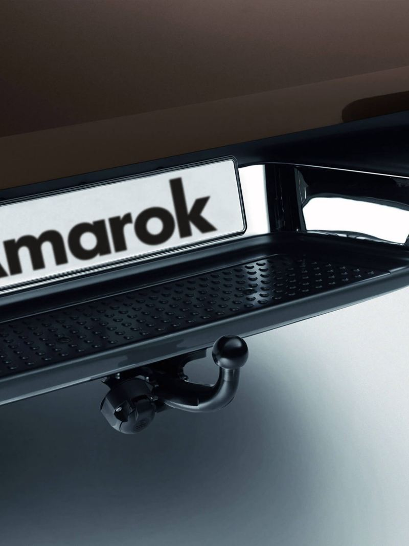 Amarok 13-pin towing hitch