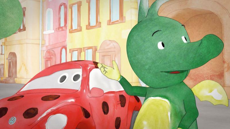 Tabaluga und Käfer warten am Straßenrand