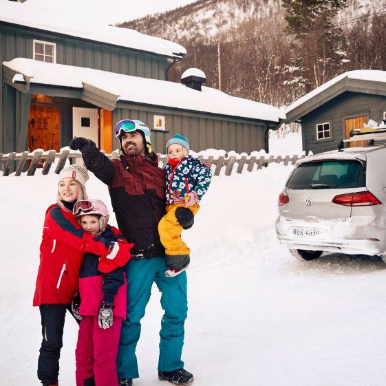 La e-Golf porta Thomas e la sua famiglia in ogni avventura all'aperto.