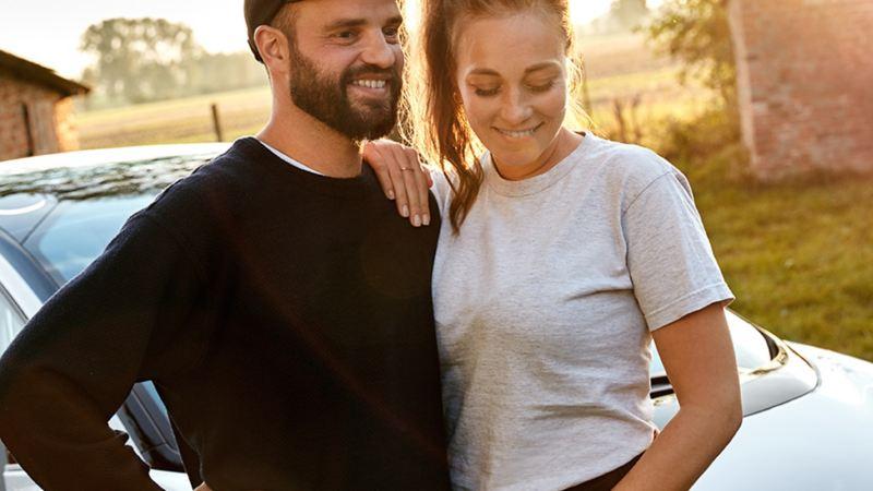 Anna und Marcus vor dem I.D. (Seriennahe Studie).
