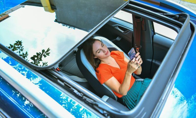 Techo corredizo panoramico con ajuste de altura de Nuevo T-Cross Volkswagen
