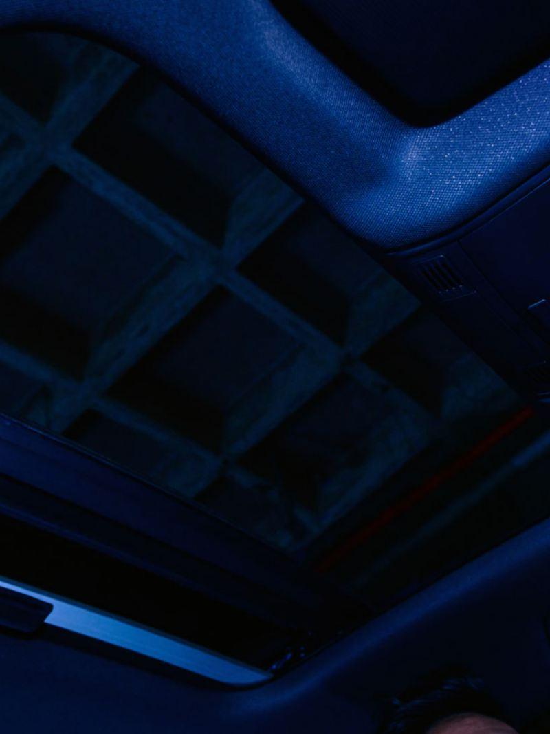 Techo corredizo panorámico presente en Jetta GLI 2021 de VW