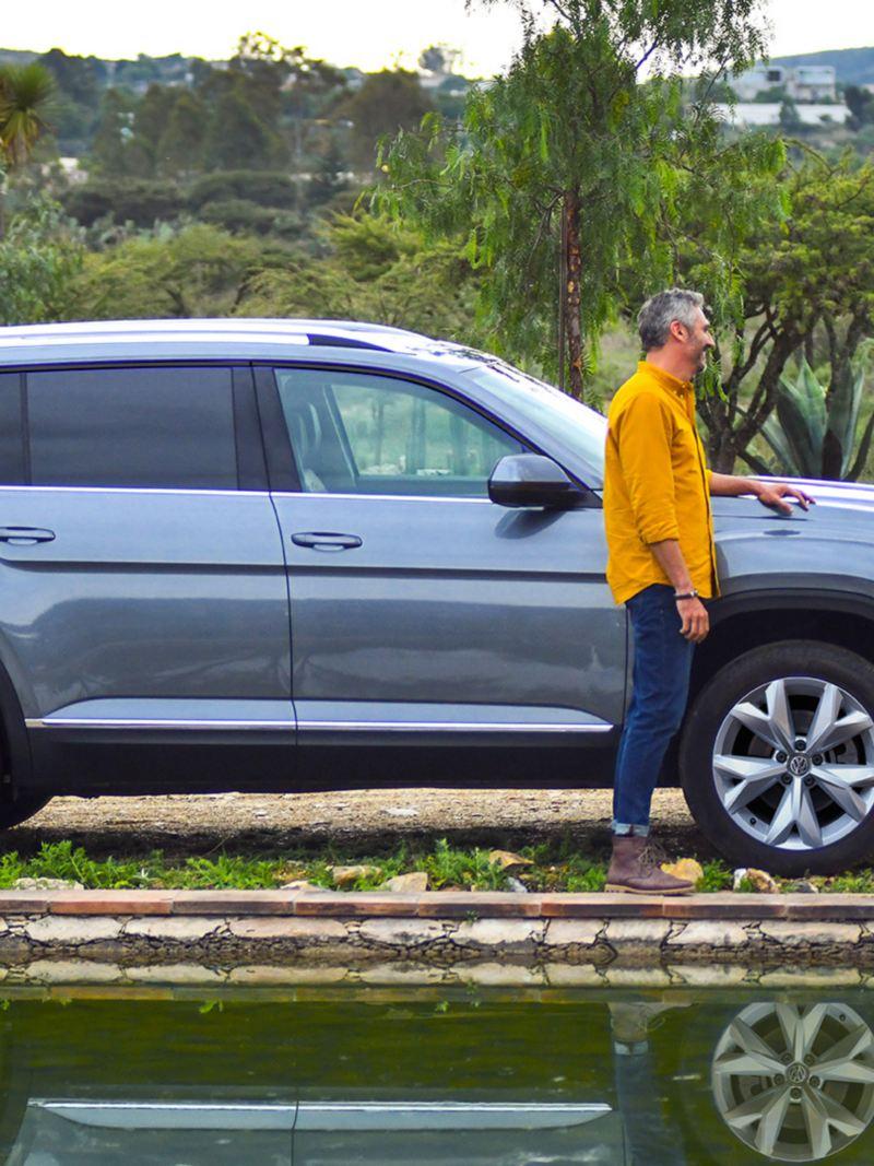 Vista lateral de Teramont SUV de VW