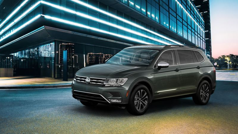 Tiguan in front of an office building
