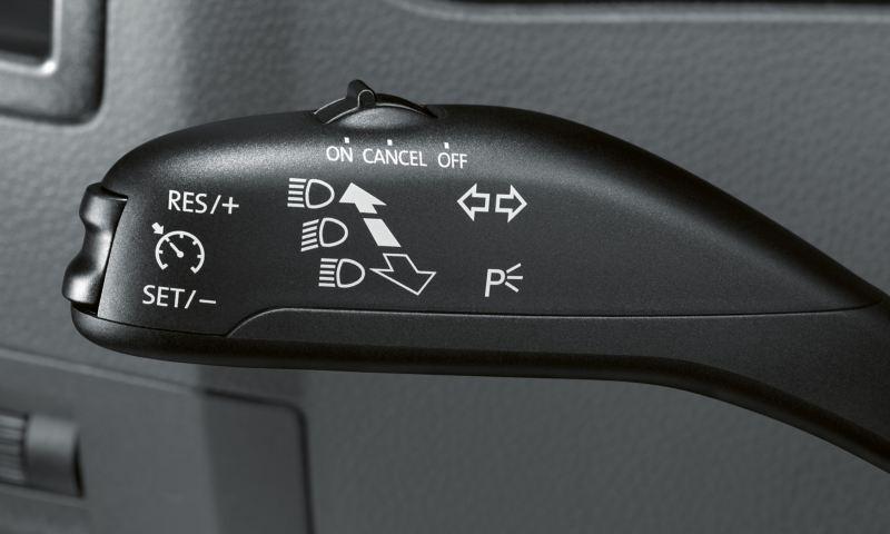 Vista detalhada da alavanca de controlo para o controlo de velocidade do Amarok V6.