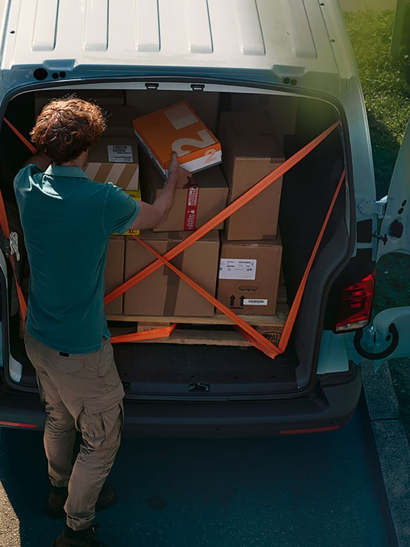 Lastsäkring i VW Transporters lastutrymme