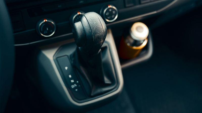 vw Volkswagen Multivan 6.1 Highline 7-seter familiebil minivan maxitaxi persontransport dsg automatgir 4x4 4motion firehjulstrekk