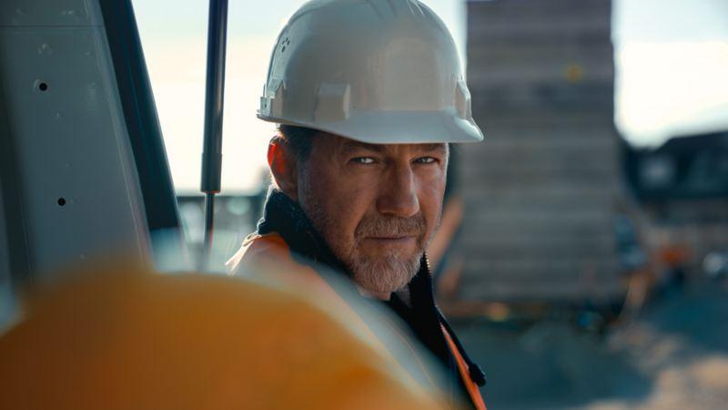 Bygningsarbeider entreprenør byggeplass VW Volkswagen varebiler TCO totaløkonomi