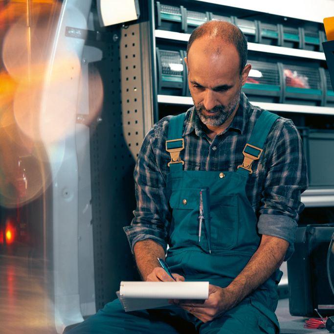 bilinnredning varebilinnredning til vw Volkswagen Würth Sortimo Loyds Smartfloor Transporter Amarok Caddy Maxi Crafter varebil varebiler