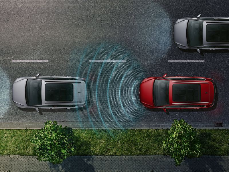 Ariel image of the Volkswagen Golf SV's driver assistance technologies.