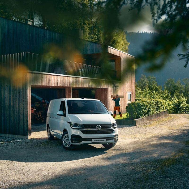vw Volkswagen Transporter 6.1 varebil kassebil firmabil budsjåfør budbil varelevering kampanje tilbud rabatt salg