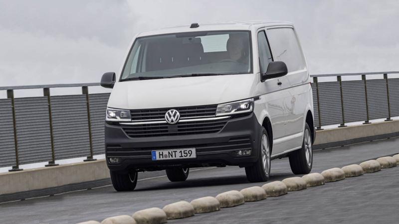 Diseño frontal Transporter Volkswagen