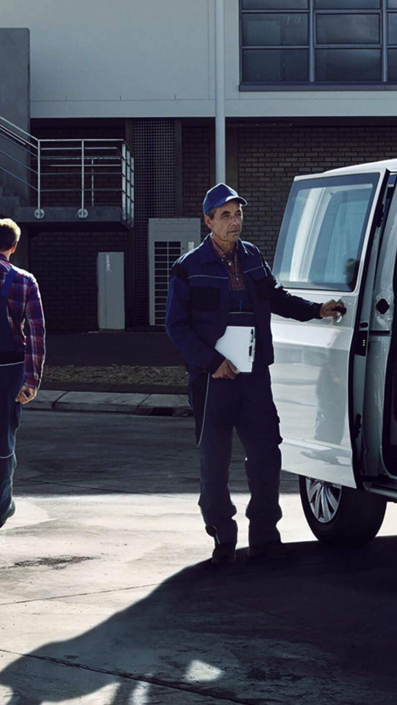 Transporter kombi ingezet als taxi