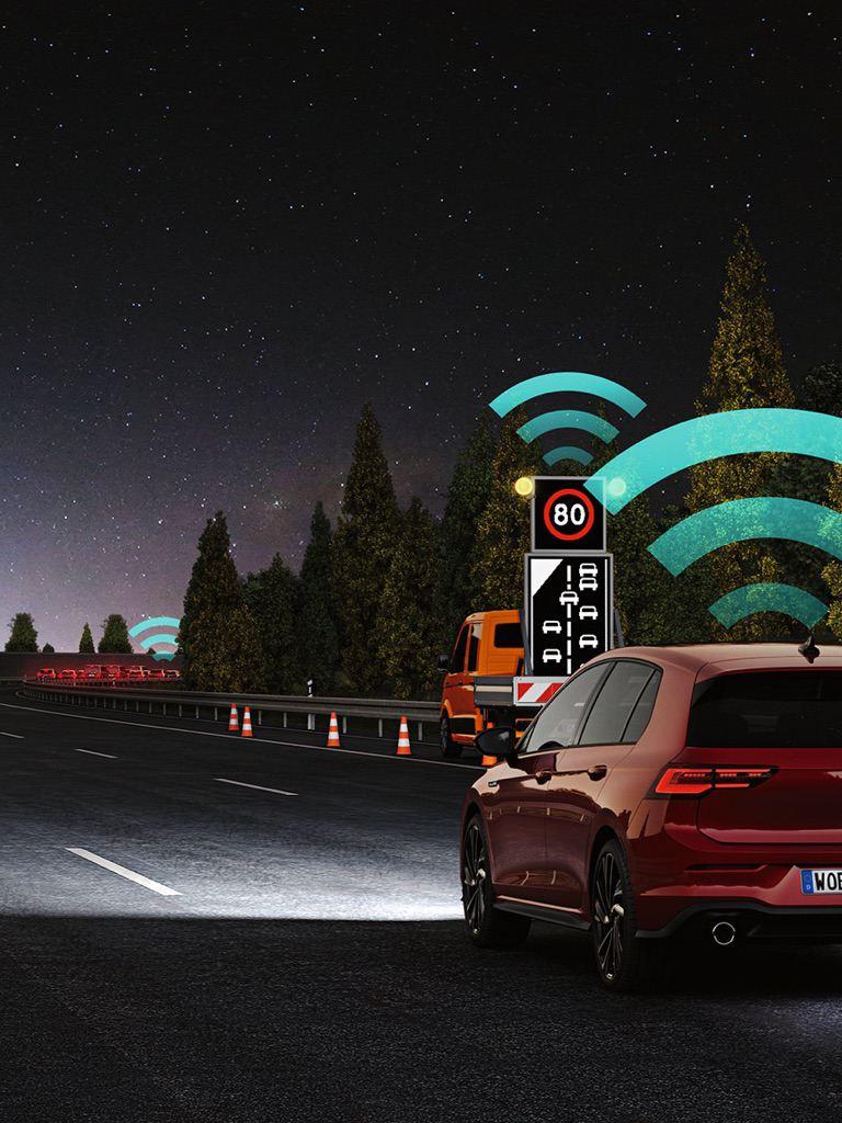Gráfico del asistente Car2X del Golf 8 GTI recibiendo información del estado del tráfico