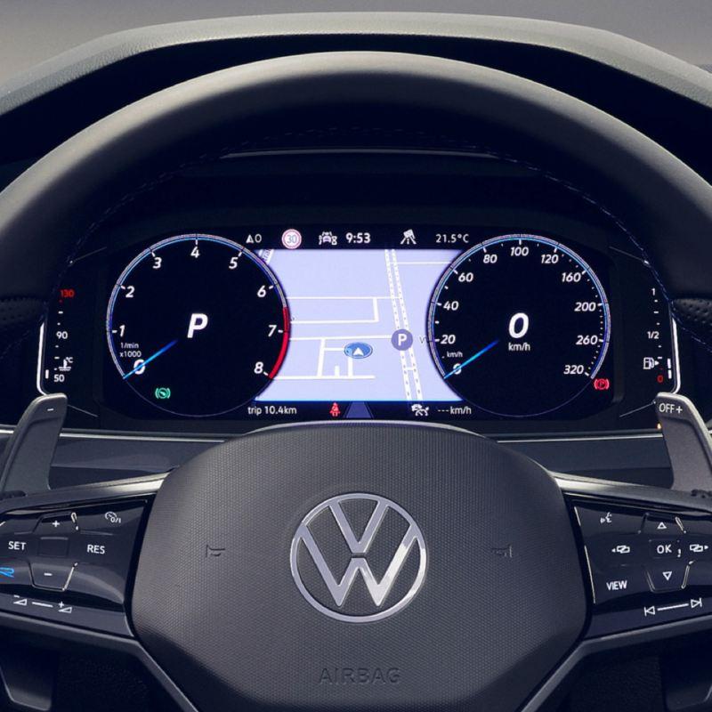 Detalle del Digital Cockpit de un Volkswagen Tiguan R