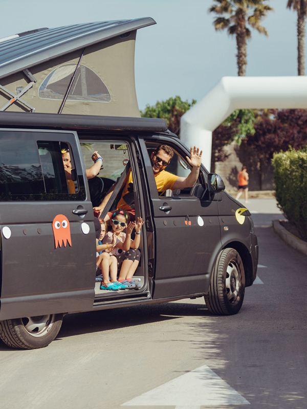 familia en evento volkswagen