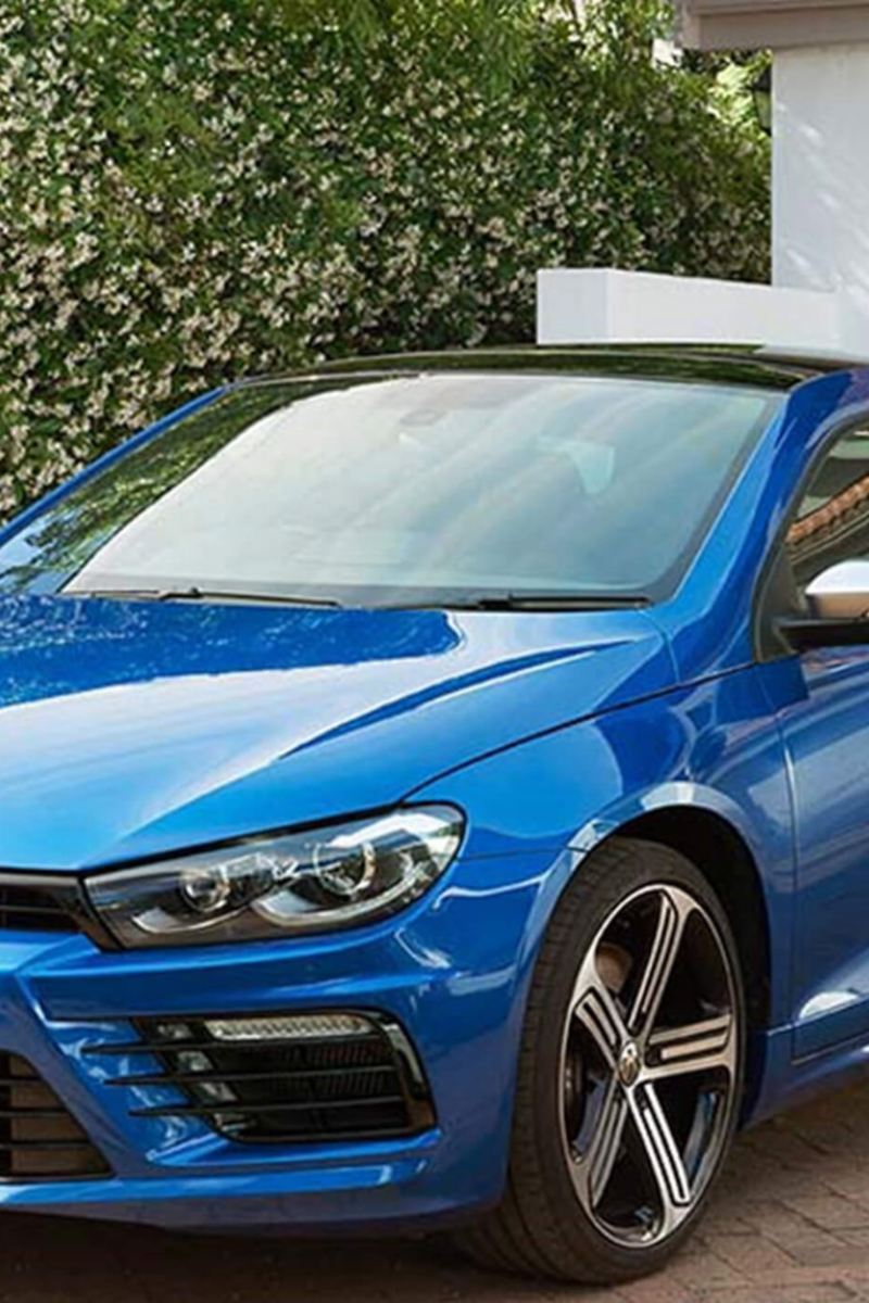 side view of Scirocco in blue