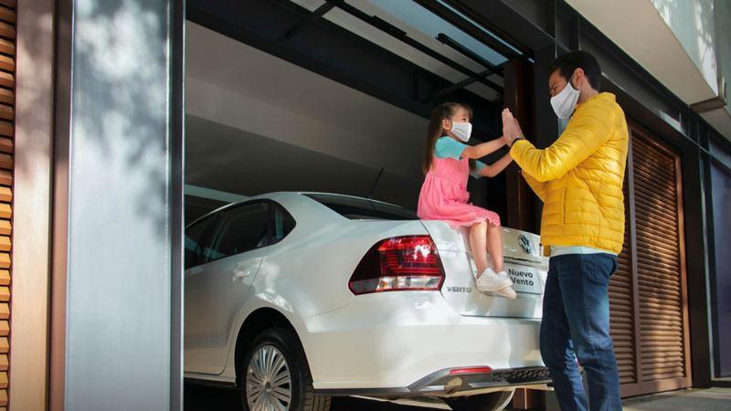 Compra un auto sedán Nuevo Vento 2020 con las promociones en autos Volkswagen  en Agosto