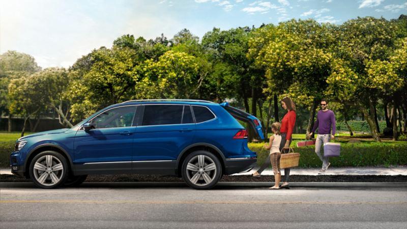 Tiguan 2021 VW - Camioneta familiar equipada con motor potente y asistentes de manejo y seguridad
