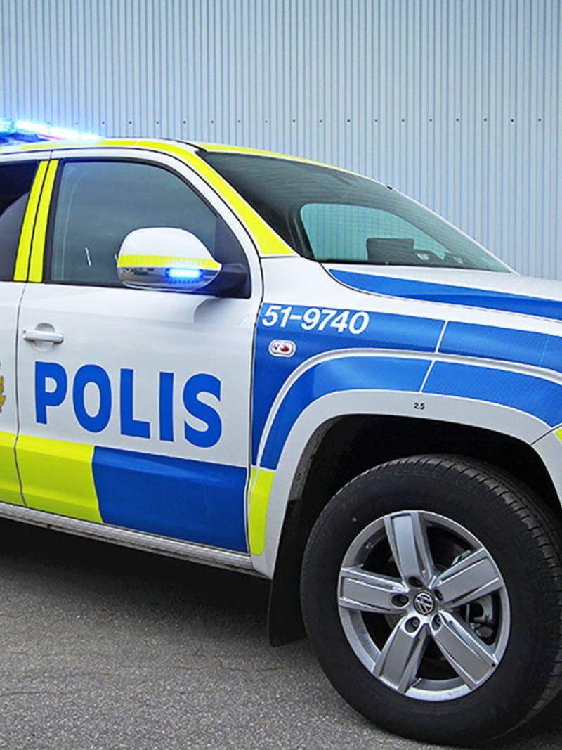 Volkswagen Amarok V6 pickup ombyggd att uppfylla alla lagkrav och komfortkrav för polisens hundar