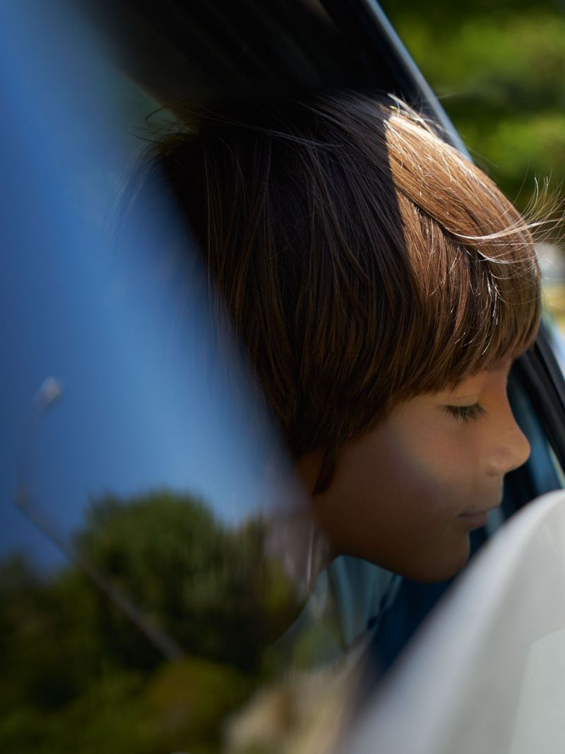 Volkswagen barn i bil