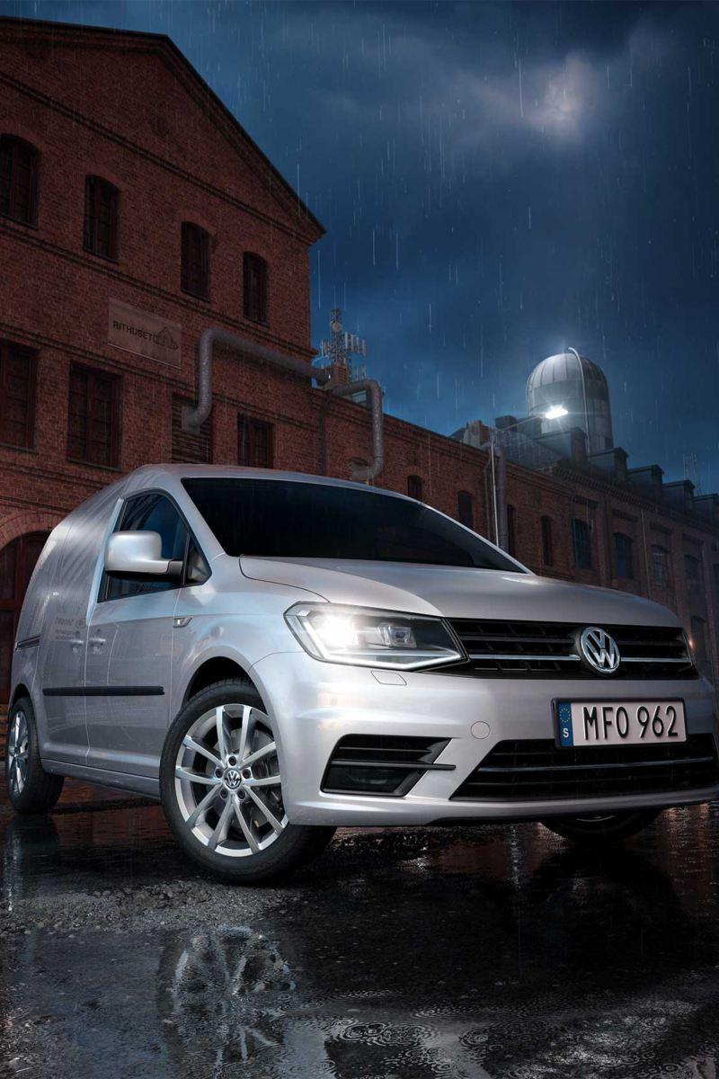 Volkswagen Caddy Skåp utanför fabrik