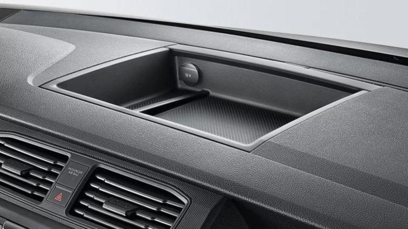 Volkswagen Crafter Panel Toma de 12V en cabina