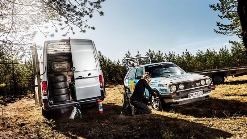 Volkswagen Crafter som servicebil till VW rally-replika