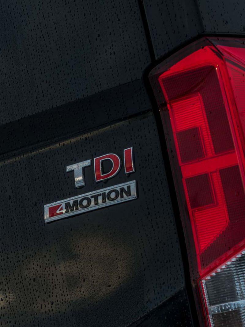 Volkswagen Crafter TDI 4MOTION emblem