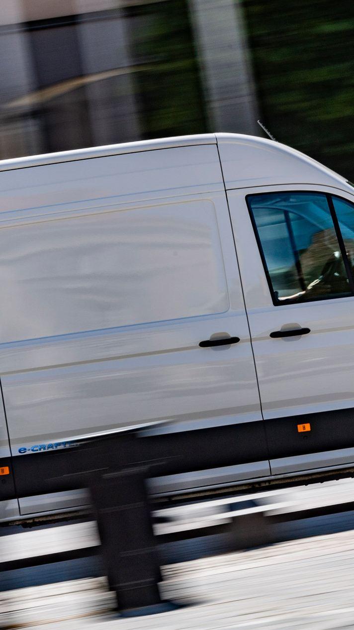 Volkswagen e-Crafter på budtur i stan