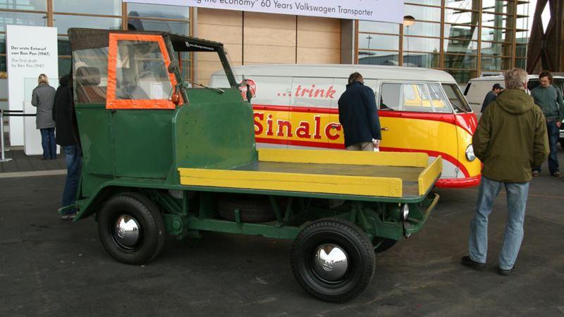 En tidig version av flakbil.