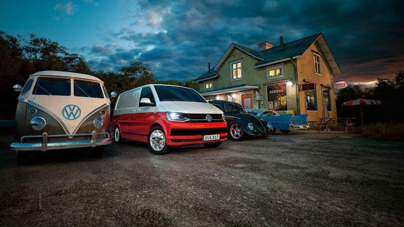 Volkswagen Transporter T6 med en gammal folkabuss
