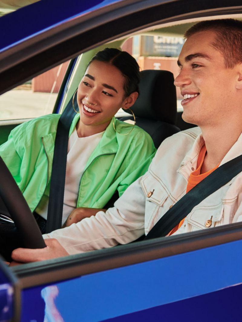 Elige uno de nuestros modelos de autos Volkswagen y cómpralo con nuestro sistema de online booking
