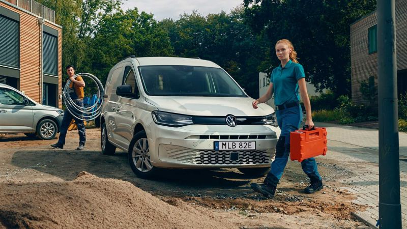 Volkswagen Caddy Cargo med hantverkare