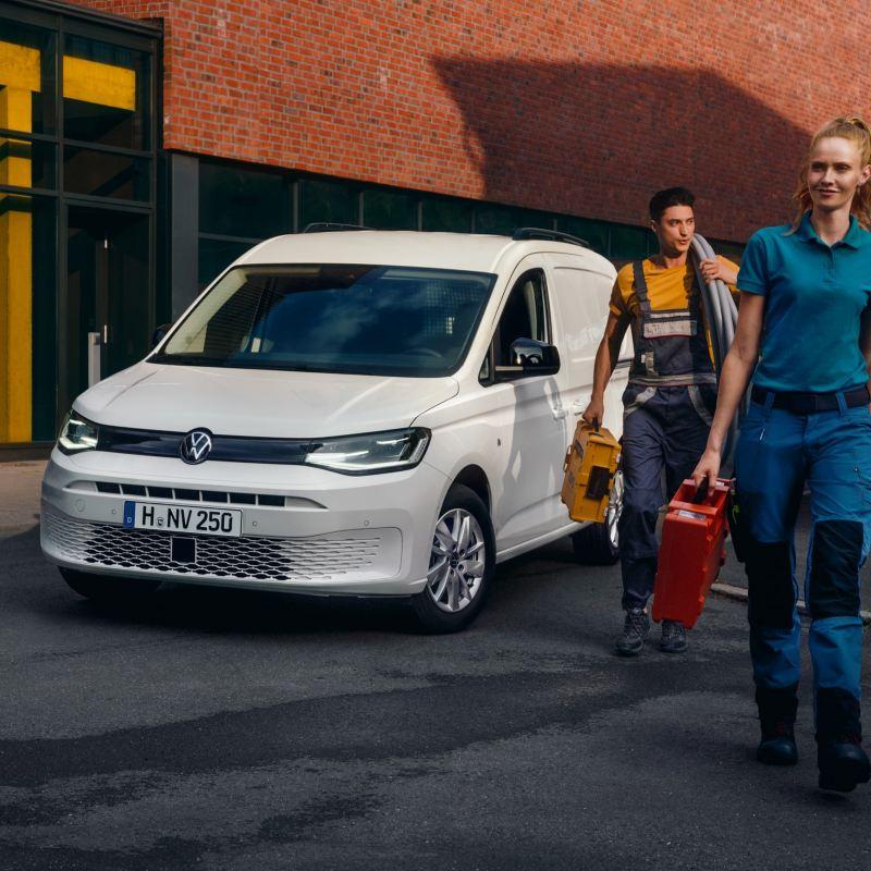 De nieuwe Volkswagen Caddy Cargo aan het werk.