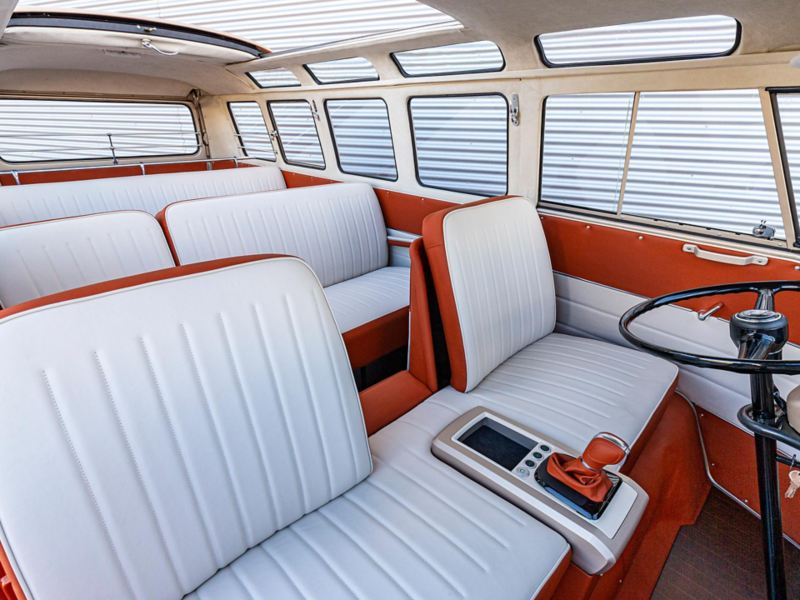 VW e-BULLI elbil med åtta sittplatser