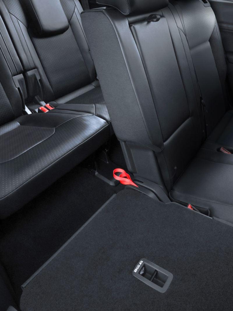 Entrada accesible para la tercera fila de asientos de Teramont Volkswagen
