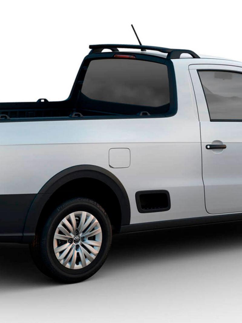 Escalón lateral de Saveiro VW 2021 versión Robust para acomodar carga de forma fácil