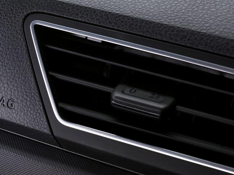 Detalles en cromo presentes en Nuevo Gol de Volkswagen