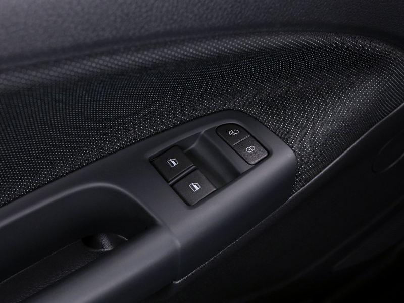 Control de cristales eléctricos delanteros de Nuevo Gol de Volkswagen